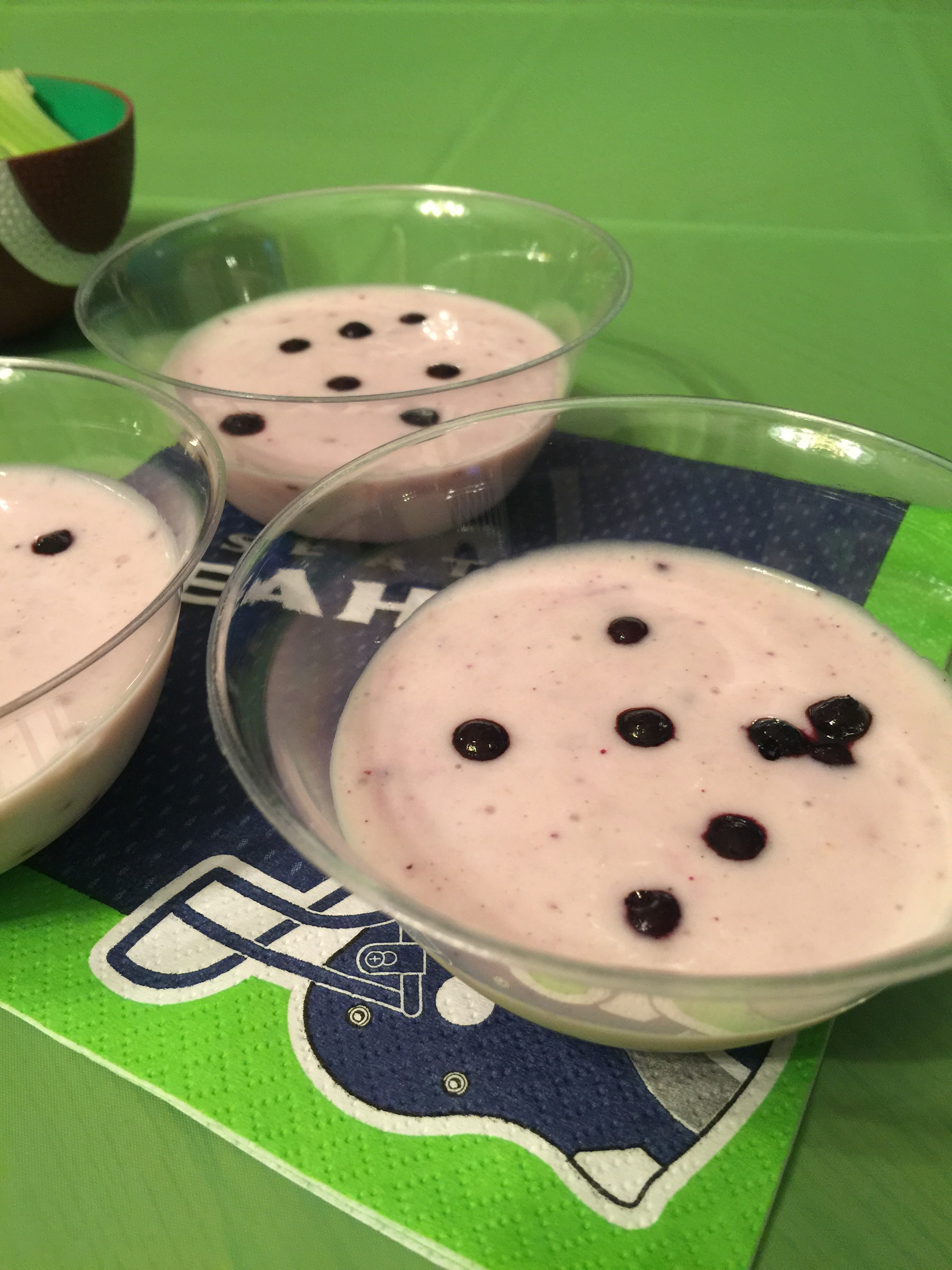 Goats Milk for Dogs: Organic Banana Blueberry Pupshake